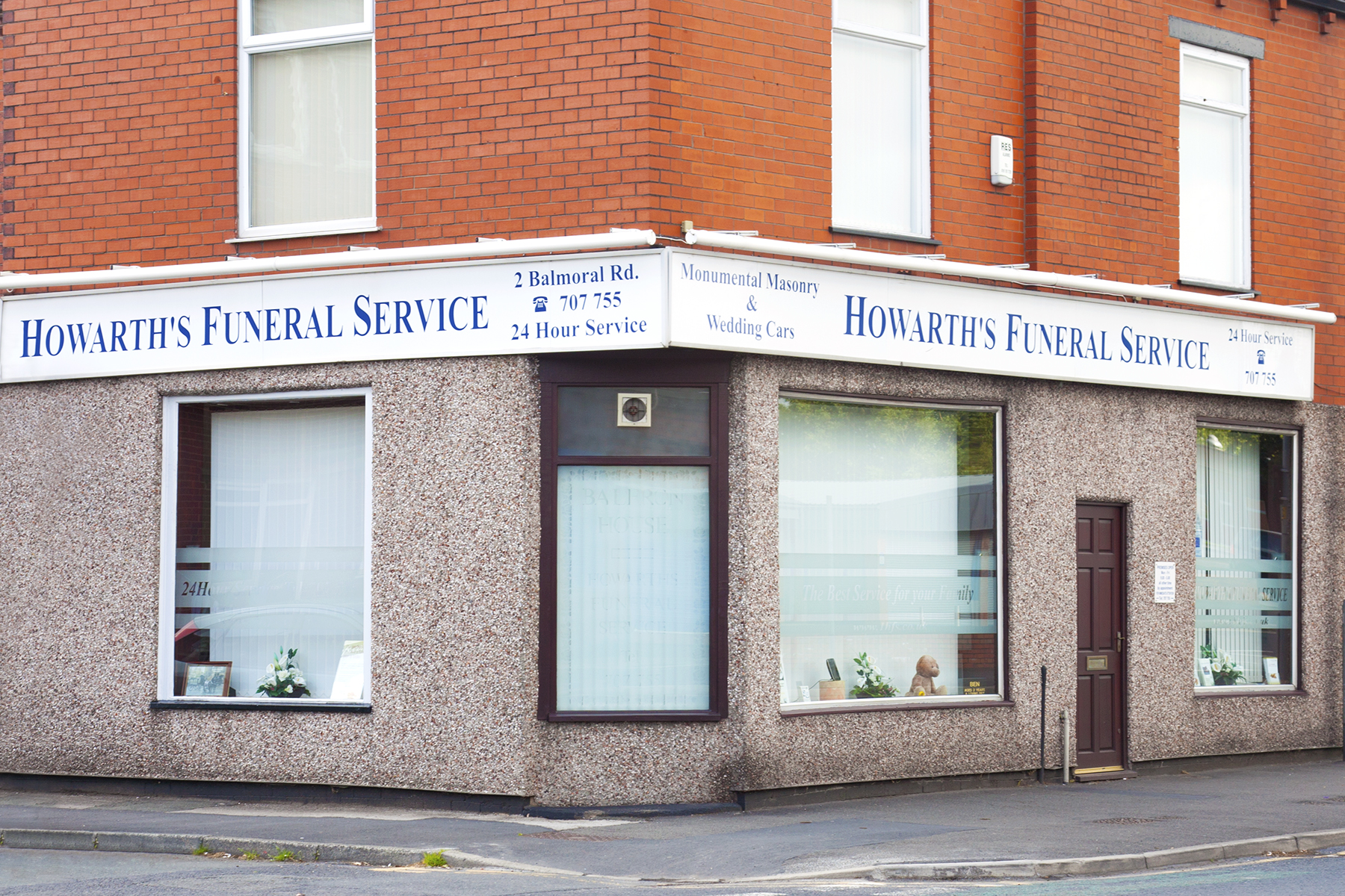 Howarth's Funeral Service - Farnworth Office