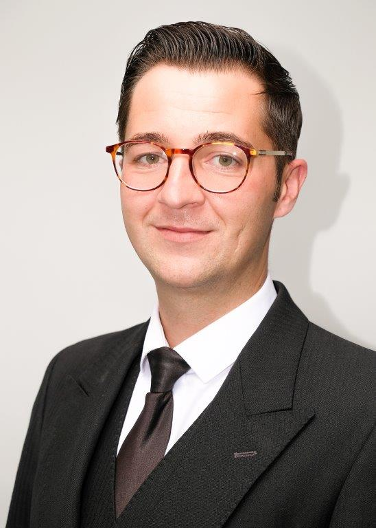 Simon Yates-Branch Manager Farnworth